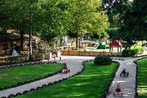 Speelboerderij de Hooiberg    10 uitjes  waar kinderen kunnen spelen